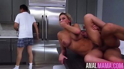 Kenzie Taylor fucked Her STEPSON
