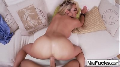 Mia gets her pussy fucked hard