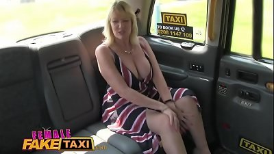 girl fake cab blonde Mom-I-would-Like-to-Fuck spunks on stunning redheads tongue